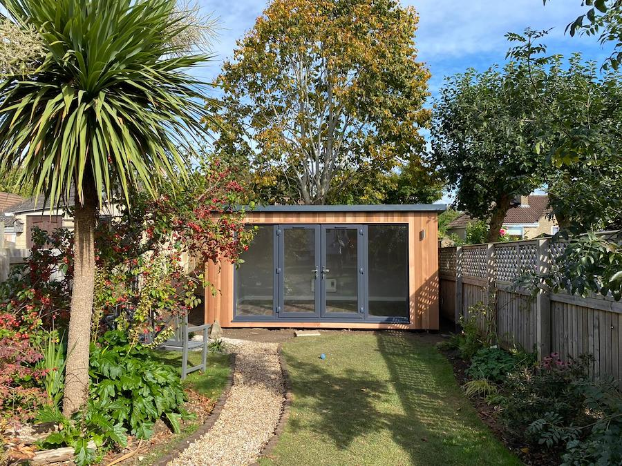 4.8m x 3m Contemporary Overhang with French doors