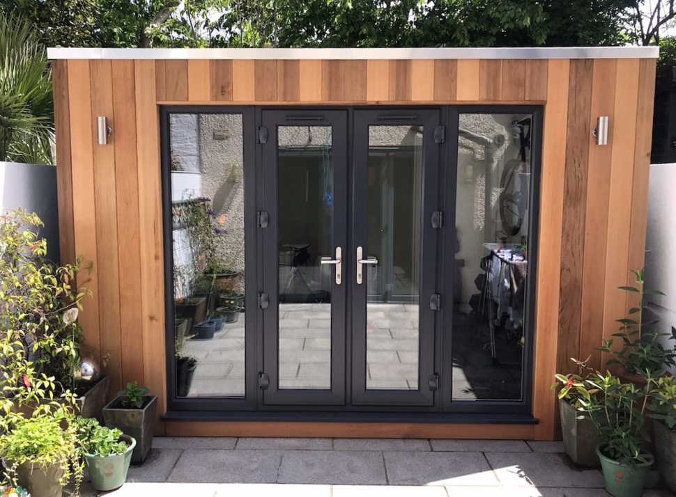 contemporary garden room with cubed roof 1024x768