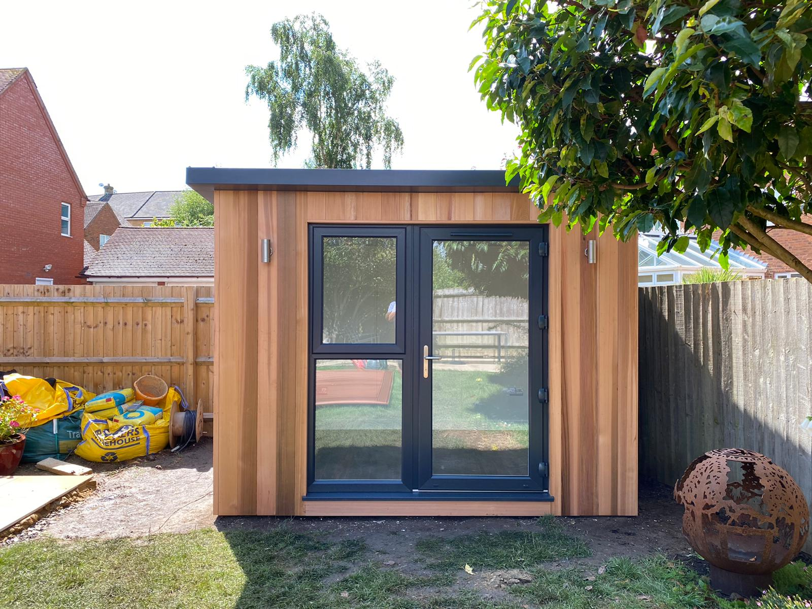 3m x 2.4m Contemporary Overhang with additional side door
