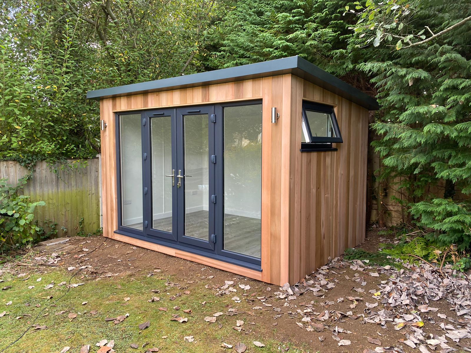 3.5m x 2.4m Contemporary Overhang with 1m x 600mm opening window